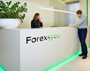 Новый шаг в развитии Forex4you - Европейская лицензия - Forex4you-Evropejskaja-licenzija-300x238